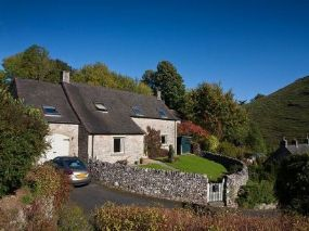 Valley View pet friendly cottage Dovedale | Holidays Peak District